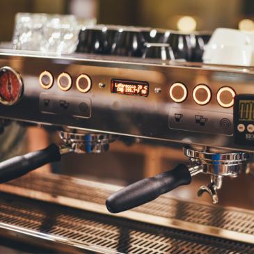 Jak usunąć kamień z ekspresu do kawy?