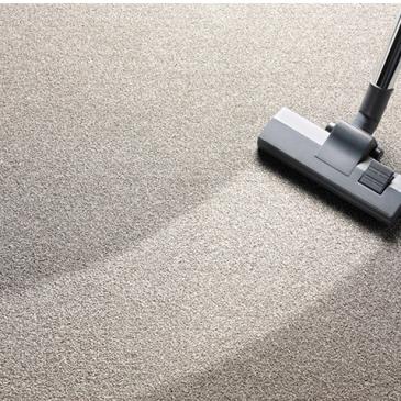 Jak usunąć plamy z dywanu?